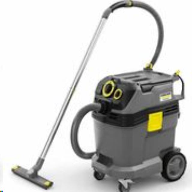 Where to find 12 GAL WET DRY VACUUM in Windsor