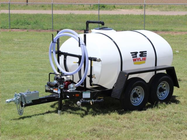 Where to find 800 GALLON WATER TRAILER in Windsor